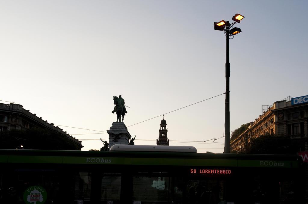 Stock Photo: 4292-8649 Italy, Lombardy, Milan, Largo Cairoli at dusk