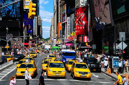 Stock Photo: 4292-8998 USA, New York, NYC, Taxis