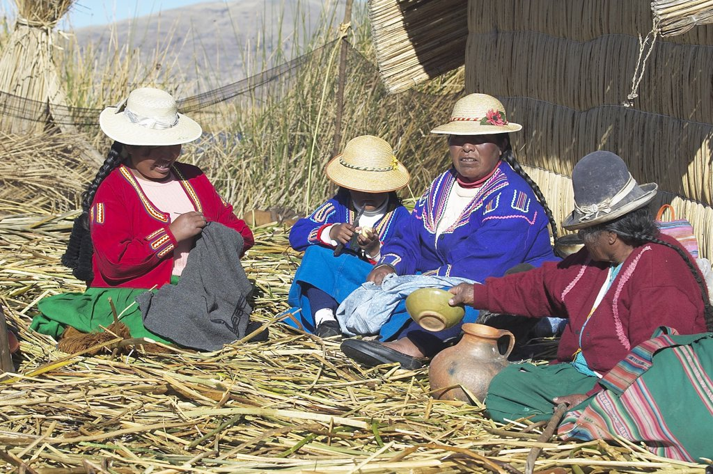 Stock Photo: 4292-91993 Peru, South America, Titicaca Lake, Uros Indian