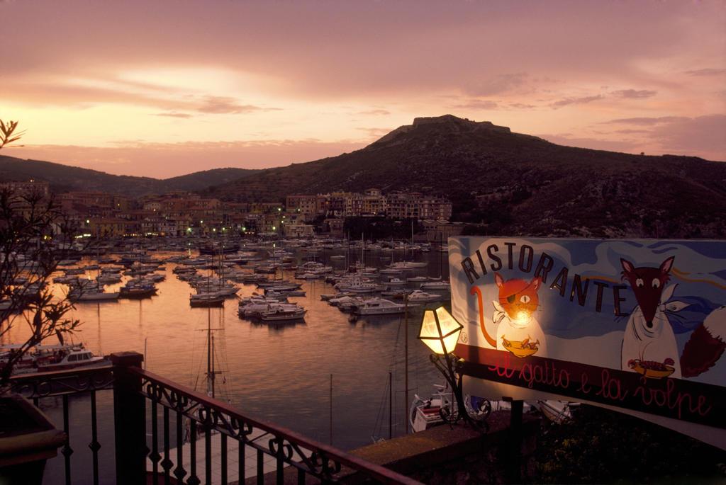 Italy, Tuscany, Porto Ercole at sunset : Stock Photo