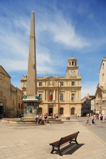 Stock Photo: 4292R-150624 France, Provence, Arles, Republic square