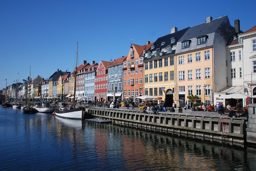 Stock Photo: 43-5445593 Buildings along a canal with boats, Nyhavn, Copenhagen, Denmark