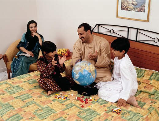 Stock Photo: 4304R-1522 Arab family together at home