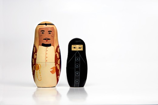 Stock Photo: 4304R-7777 Pair of Arabian matryoshka dolls
