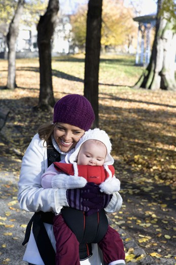 Stock Photo: 4306R-16479 Mother and her child, Sweden.