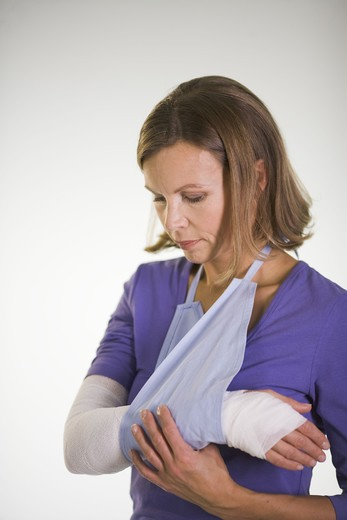 Stock Photo: 4306R-21773 An injured woman.