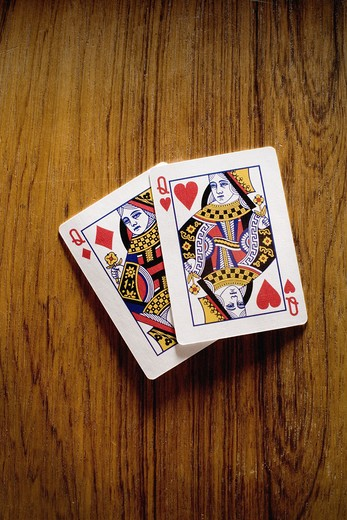 Stock Photo: 4306R-8766 Poker, pair of queens, close-up.