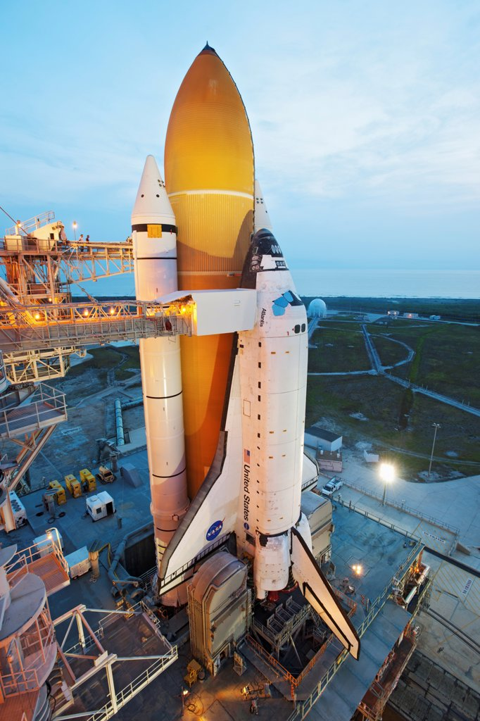 Stock Photo: 4313-707 STS-135 Atlantis sits on Pad 39A