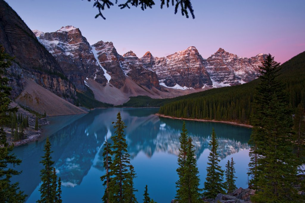 Stock Photo: 4313-893 Ten Peaks above Moraine Lake at Sunrise
