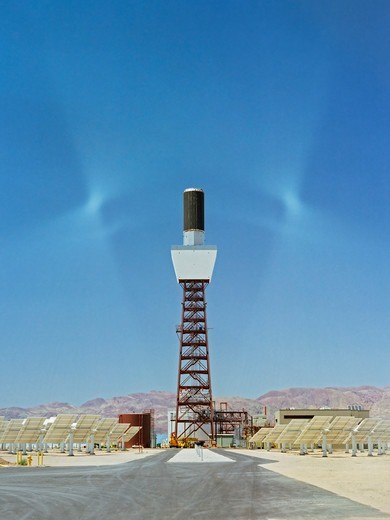 Stock Photo: 4315-230 Solar One Stands Tall in Barstow, California