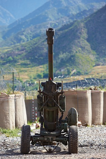 Stock Photo: 4316-2112 U.S. Army 105mm Howitzer at a Forward Operating Base in Afghanistan