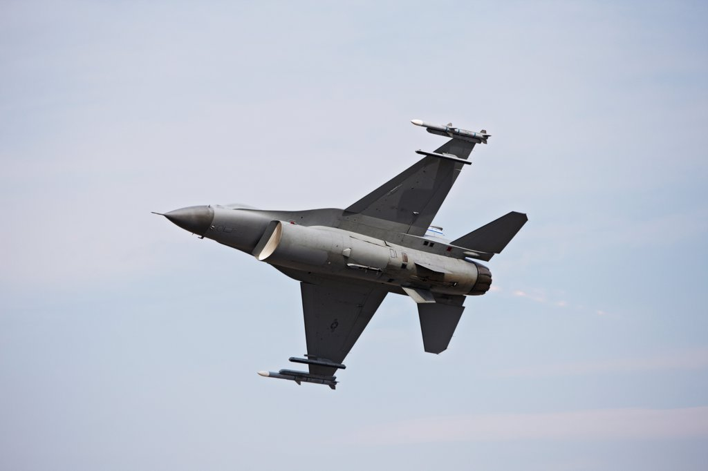 Stock Photo: 4316-4184 F-16 in Flight