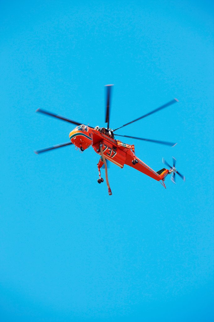 Stock Photo: 4316-4472 Erickson S-64 Aircrane (formerly the Sikhorsky S-64 Skycrane) during an aerial firefighting mission in northern Colorado, USA