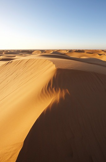 Sand dunes at sunset, near Laayoune (El Aaiun), Western Sahara, north Africa : Stock Photo