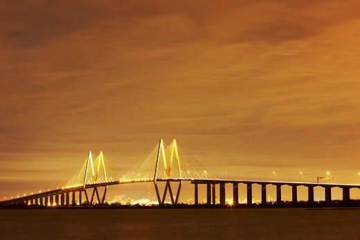 Night view of the cable-stayed bridge, Fred Hartman Bridge, Houston Ship Channel, Baytown, Texas, USA : Stock Photo