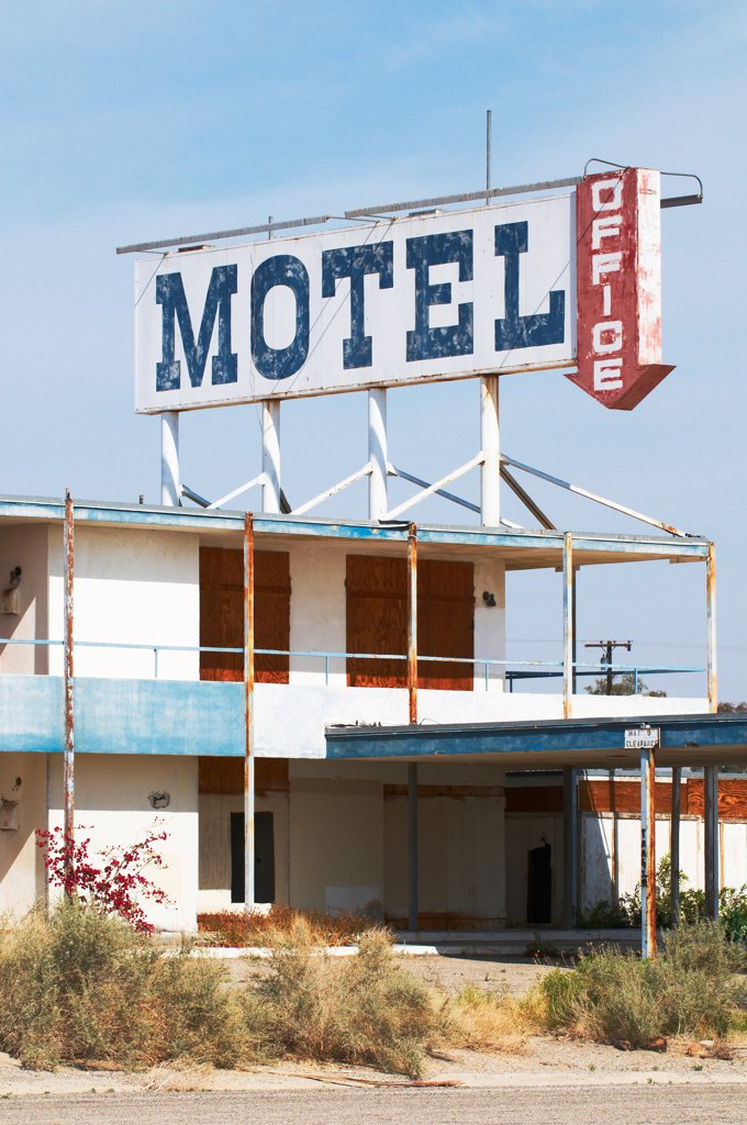 Stock Photo: 4316-6573 Abandoned motel on shore of Salton Sea, Bombay Beach, Imperial County, California, USA