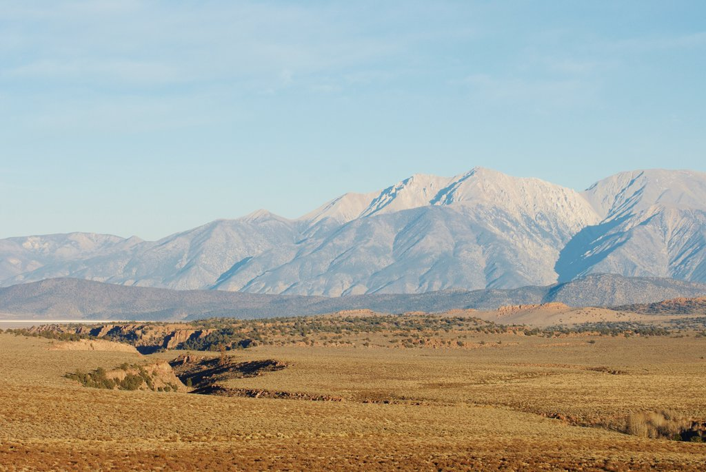 View of Montgomery Peak and Boundary Peak, Nevada, USA : Stock Photo