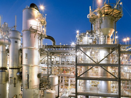 Stock Photo: 4325-690 A Large Bayer Chemical Facility at Baytown, Texas