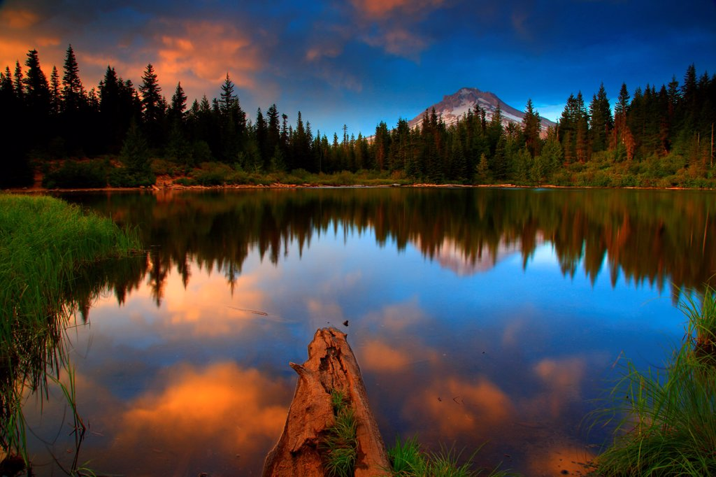 Stock Photo: 4334-1162 USA, Oregon, Sunset over Mt Hood and Mirror Lake at Mt Hood National Forest