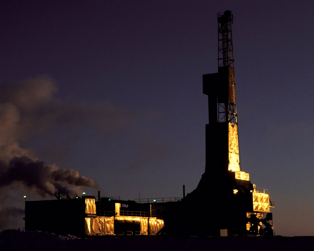 Stock Photo: 4339-849 Oil Drilling Rig West of Prudhoe Bay Alaska