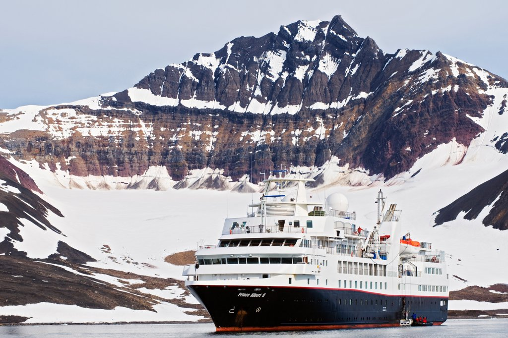 Cruise ship Prince Albert II, anchored in Burgerbukta, Hornsund, southern Svalbard archipelago, Norway, in summertime. : Stock Photo
