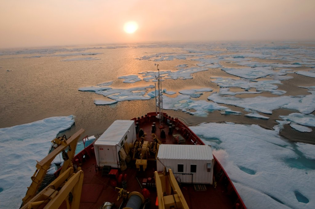 Multi-year ice floating off the bow of the CCGS Amundsen, a coast guard ship where scientific research is conducted, as it travels through the Northwest Passage, Baffin Bay, Nunavut Territory, Canada : Stock Photo