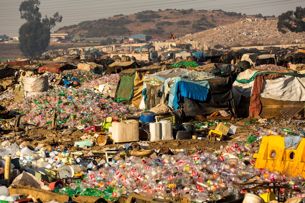 Stock Photo: 4355-2296 South Africa, Johannesburg, Soweto, View of garbage dump