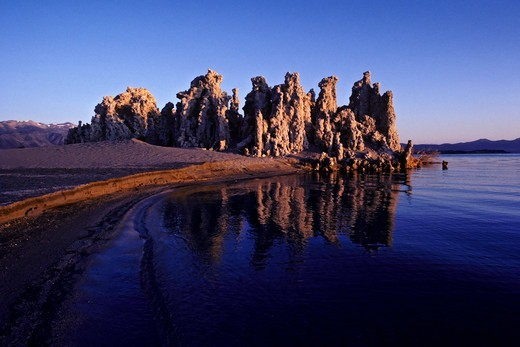 Stock Photo: 4369-745 Tufa formations, Mono Lake, California, USA.