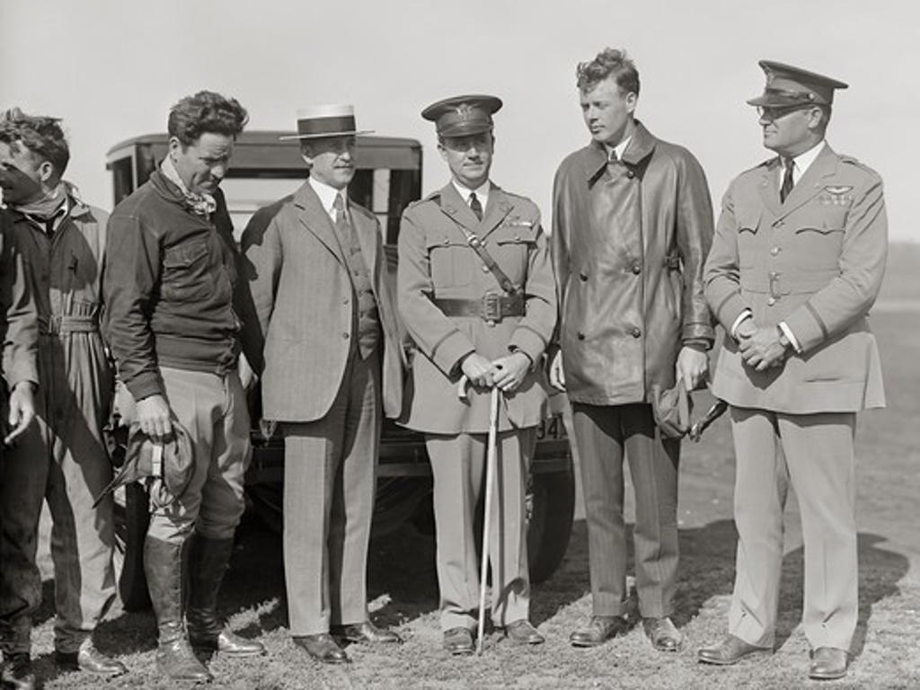 Stock Photo: 4388-242 Orville Wright Meets Aviator Charles Lindbergh