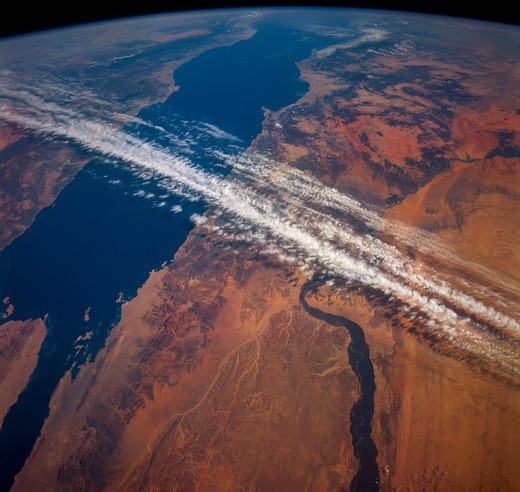 Red Sea and Jet Stream : Stock Photo