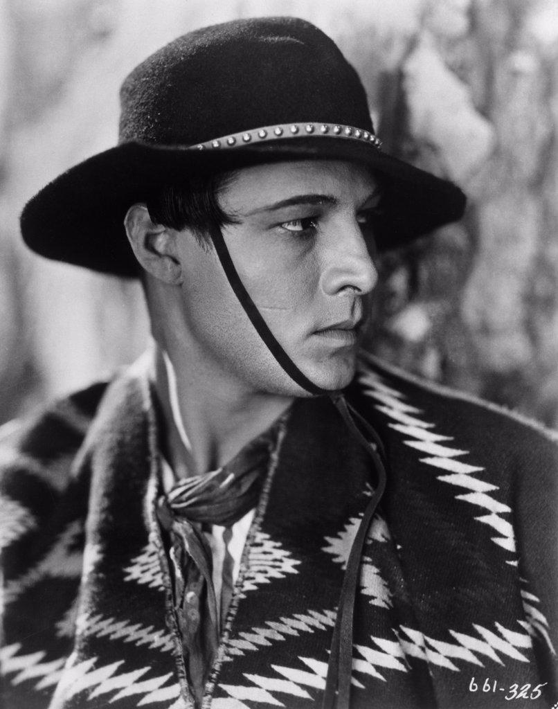 Stock Photo: 440-2570 Rudolph Valentino  1924 Actor (1895-1926)