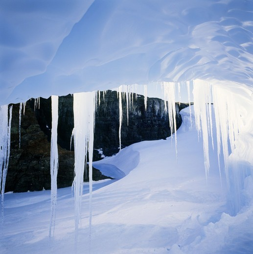 Stock Photo: 4401R-8881 Icicles hanging in cave