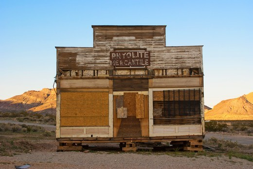 Stock Photo: 4404-1479 USA, California, Death Valley, Abandoned store in Rhyolite Ghost Town