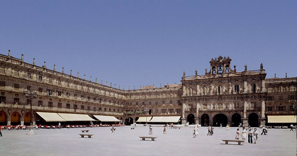 Stock Photo: 4409-102894 PLAZA MAYOR - CONCLUIDA CON EL AYUNTAMIENTO POR ANDRES GARCIA DE QUIÑONES- 1749-1756. Author: CHURRIGUERA, ALBERTO. Location: HALLMARKT, SPAIN.