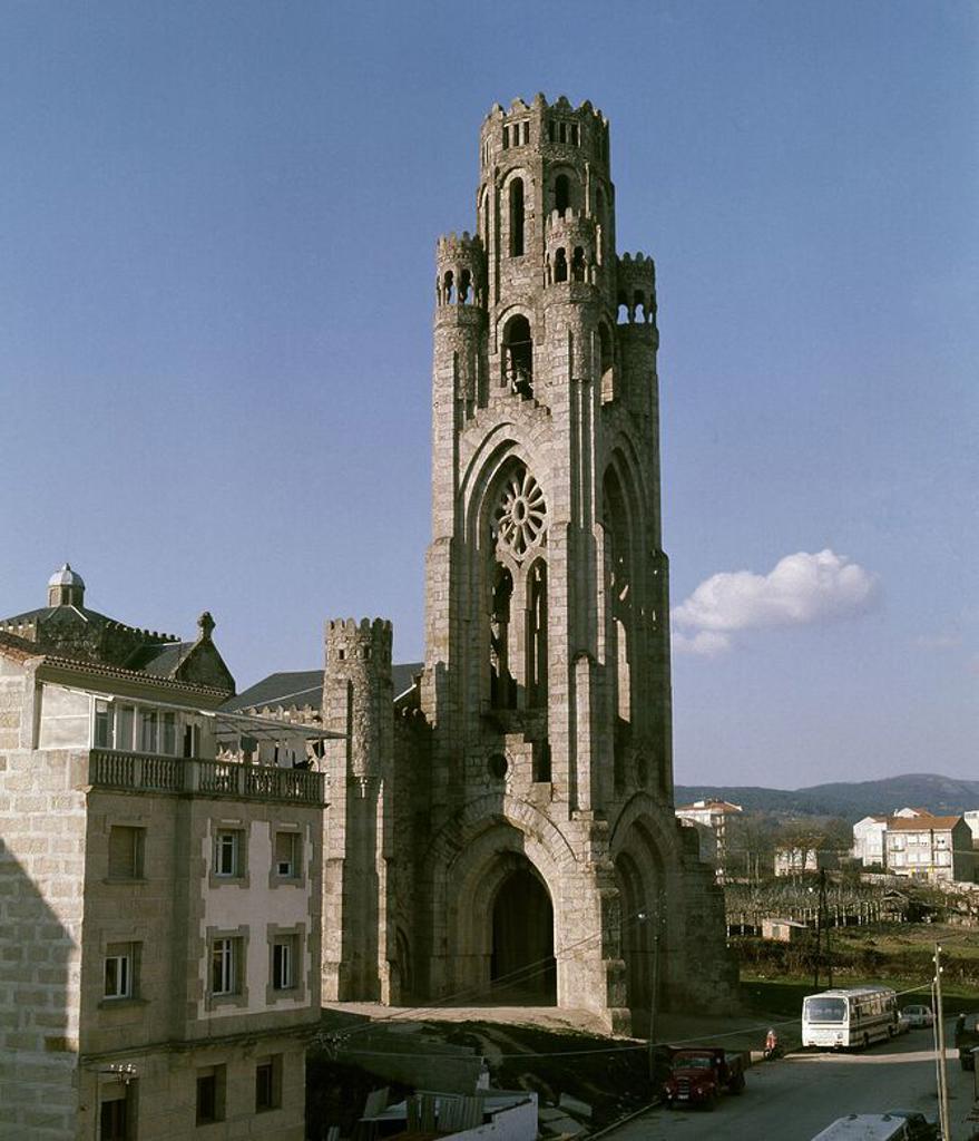 Iglesia de la vera cruz 1950 arquitectura eclectica for Arquitectura eclectica
