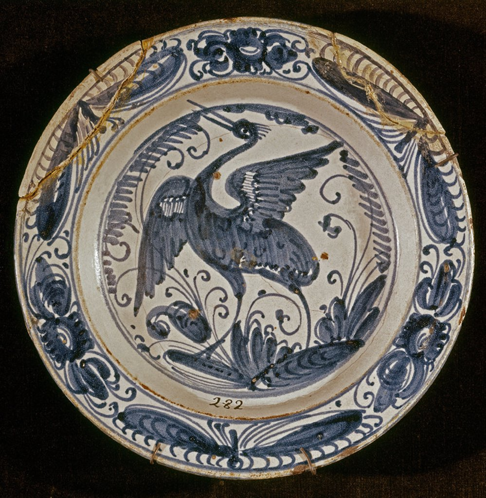 Stock Photo: 4409-10321 PLATO DE CERAMICA DE TALAVERA - SIGLO XVII. Location: MUSEE D'ARTS DECORATIFS, MADRID, SPAIN.