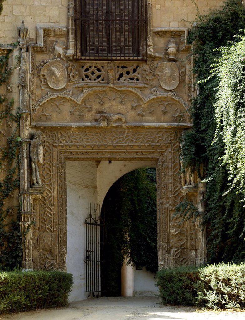 Stock Photo: 4409-105521 PUERTA DE MARCHENA - PUERTA DEL PALACIO DE LOS DUQUES DE ARCOS - SIGLO XV - GOTICO ISABELINO. Location: REALES ALCAZARES, SPAIN.