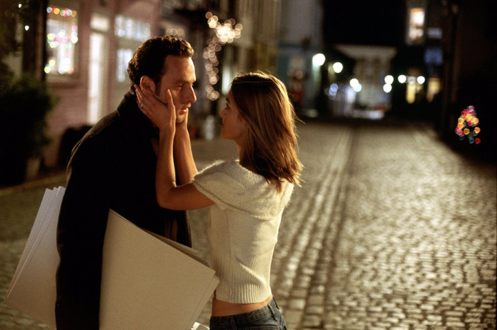 Original Film Title: LOVE ACTUALLY. English Title: LOVE ACTUALLY. Film Director: RICHARD CURTIS. Year: 2003. Stars: KEIRA KNIGHTLEY; ANDREW LINCOLN. : Stock Photo