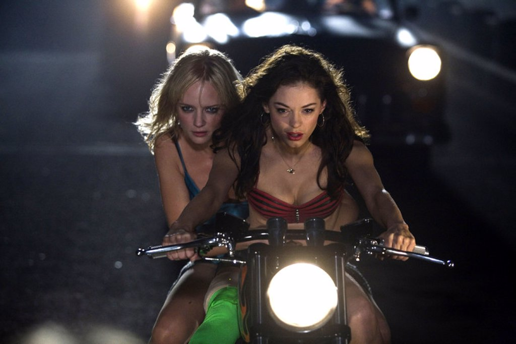 Stock Photo: 4409-122978 Original Film Title: GRINDHOUSE-PLANET TERROR. English Title: GRINDHOUSE. Film Director: ROBERT RODRIGUEZ. Year: 2007. Stars: ROSE MCGOWAN; MARLEY SHELTON.