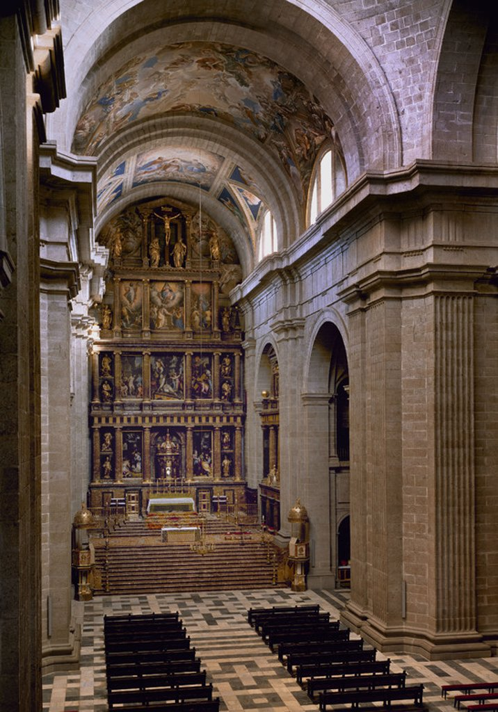 Stock Photo: 4409-13003 INTERIOR DE LA BASILICA - RETABLO DEL ALTAR MAYOR -FRESCOS DE LUCAS JORDAN Y LUCA CAMBIASSO. Location: MONASTERIO-INTERIOR, SAN LORENZO DEL ESCORIAL, MADRID, SPAIN.