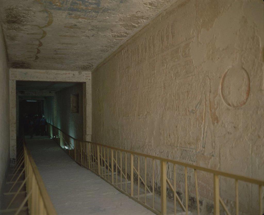 Stock Photo: 4409-15746 TEMPLO DE RAMSES IV - PASADIZO DE ENTRADA CON RELIEVES. Location: VALLE DE LOS REYES, THEBES, EGYPT.