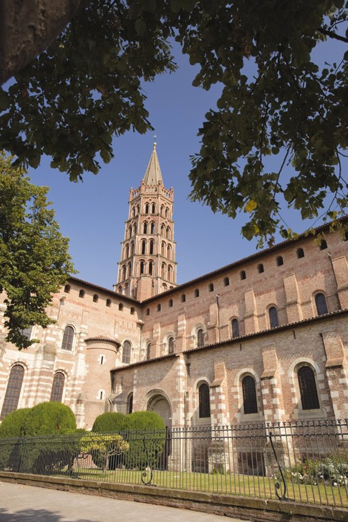 Stock Photo: 4409-32211 Basilica of Saint Sernin. Toulousse. France.