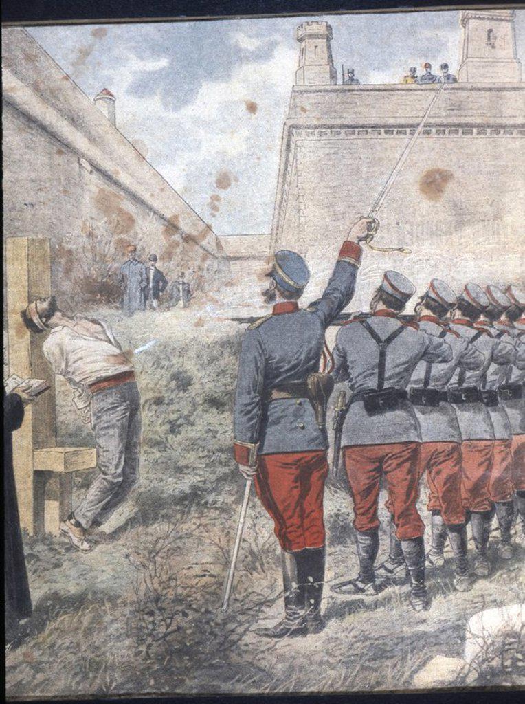 Stock Photo: 4409-33445 SEMANA TRAGICA DE BARCELONA. Ejecución de insurrectos en los foso de Montjuich, condenados por saqueos y profanación de iglesias y conventos de la ciudad. Octubre de 1909.
