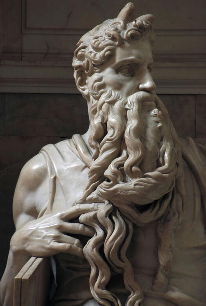"""Stock Photo: 4409-35413 ARTE RENACIMIENTO. CINQUECENTO. ITALIA. MIGUEL ANGEL (Michelangelo Buonarroti) (1475-1564). Pintor, escultor y arquitecto italiano. """"TUMBA DEL PAPA JULIO II"""", realizada entre 1505 y 1545. Detalle de la ESTATUA DE MOISES. IGLESIA DE SAN PIETRO IN VINCOLI. ROMA."""