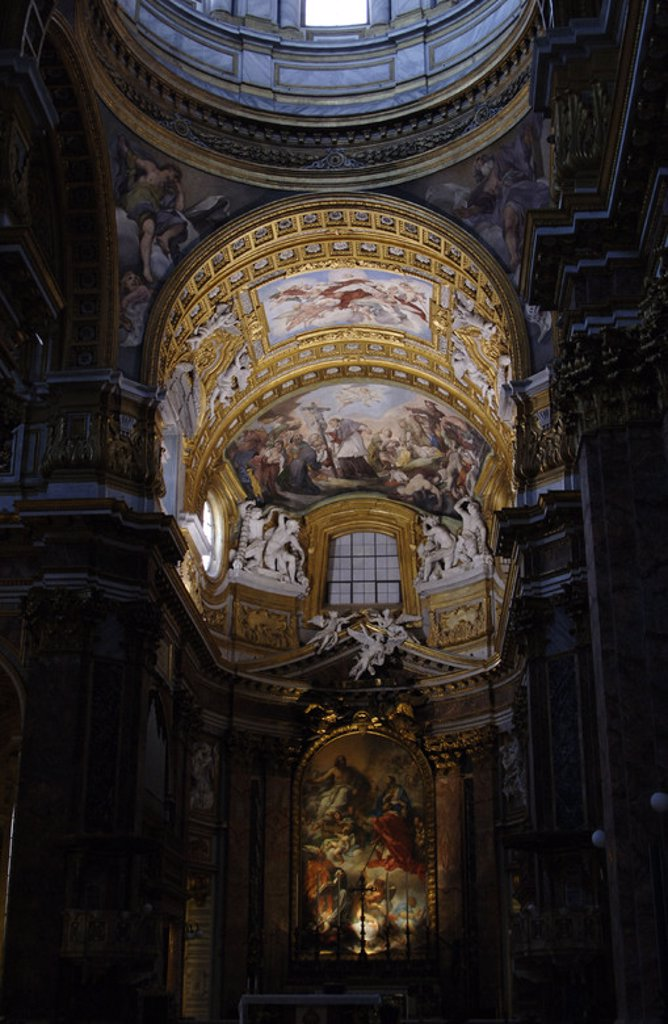 Stock Photo: 4409-37163 ARTE BARROCO. ITALIA. BASILICA DE SAN AMBROGIO E CARLO AL CORSO. Construída en el siglo XVII. Vista del interior. ROMA.