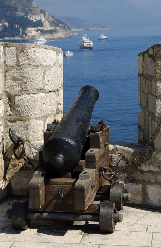 Cannon on the wall. Dubrovnik. Croatia. : Stock Photo