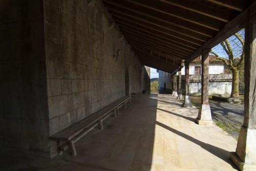 PAIS VASCO. ONDARROA. Iglesia de Santa María (h. 1480). S. XV. Detalle del pórtico. Provincia de Vizcaya. España. : Stock Photo