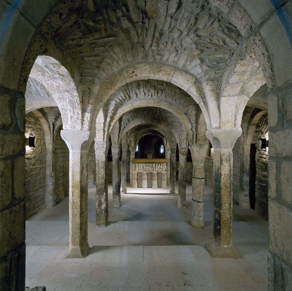 Stock Photo: 4409-39824 Romanesque art. Spain. 11th century. Cathedral of St. Vincent (1056-1067). Crypt housing the tomb of Saint Raymond (background). Roda de Isabena. Aragon.