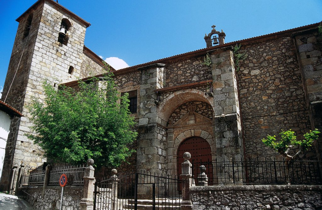 Stock Photo: 4409-39985 Spain. Extremadura. Cabezuela del Valle. Saint Michael Archangel Church (16th century). Facade.
