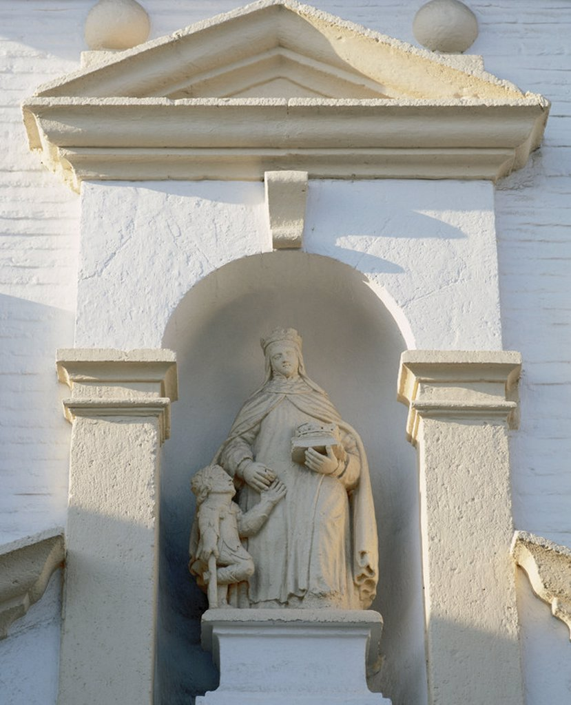 Stock Photo: 4409-40192 Elizabeth of Hungary, (1207-1231). Princess of the Kingdom of Hungary, Countess of Thuringia, Germany and Catholic saint, one of the first members of the newly-founded Third Order of St. Francis after beeing widowed of Louis IV. Statue in the Monastery of Saint Elizabeth the Royal. 16th century. Granada. Spain.